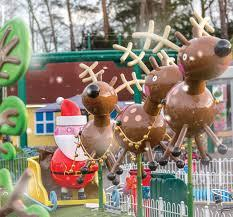 Win a family ticket to Paultons Park this Christmas!