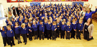 CELEBRATION: Teachers and  pupils from Sinclair Primary School. 	Echo picture by Joanna Mann. Order no: 11501878
