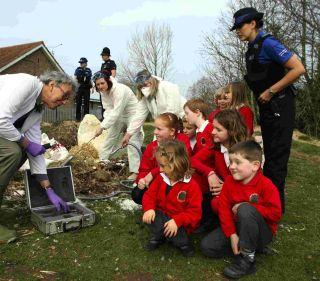 Weeke Primary School pupils consult with police and scientists over the discovery