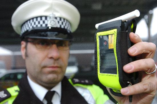 Alresford woman banned from driving after failing to give breath test to police