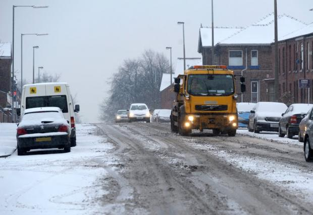 Road gritters threaten winter strike action