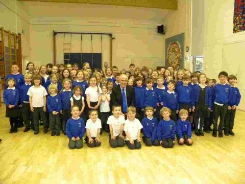 Cllr Roy Perry visits Oliver's Battery Primary School