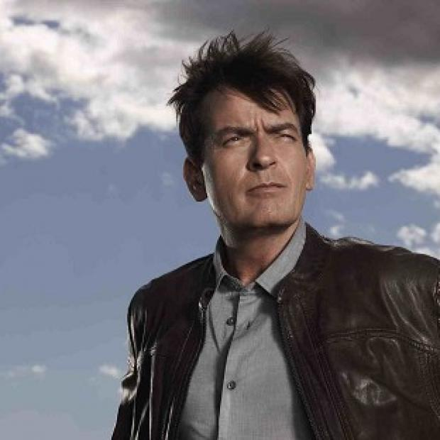 Charlie Sheen stars in Anger Management with Noureen DeWulf