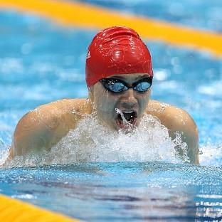 Oliver Hynd on his way to winning gold in the SM8 200m individual medley
