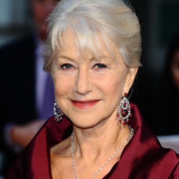 Dame Helen Mirren is to play the Queen in a new play at the Gielgid Theatre