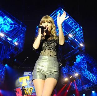Taylor Swift and One Direction both performed at the Radio 1 Teen Awards at the weekend