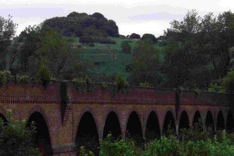 Hampshire Chronicle: Hockley Viaduct