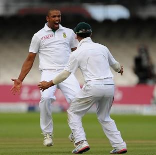 Vernon Philander, left, grabbed a five-wicket haul to demolish New Zealand
