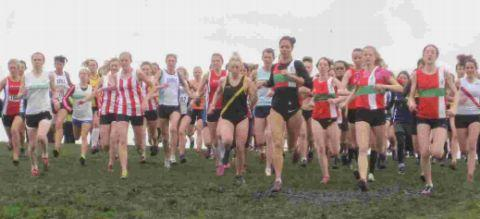 The senior women's Hampshire Cross Country League race gets under way.