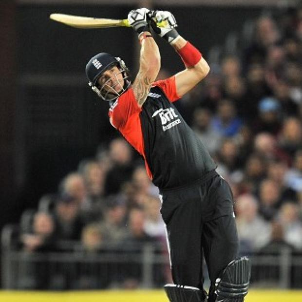 Kevin Pietersen added 76 for England