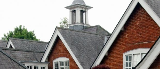 Hampshire Chronicle: School roof leaks after thieves strip lead