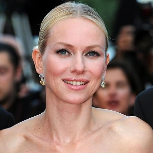 Naomi Watts met Nicole Kidman on the set of Flirting