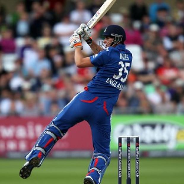 Alex Hales smashed an unbeaten 80 in England's 10-wicket win