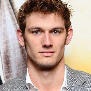 Alex Pettyfer is being lined up for a lead role in the Endless Love remake, according to reports