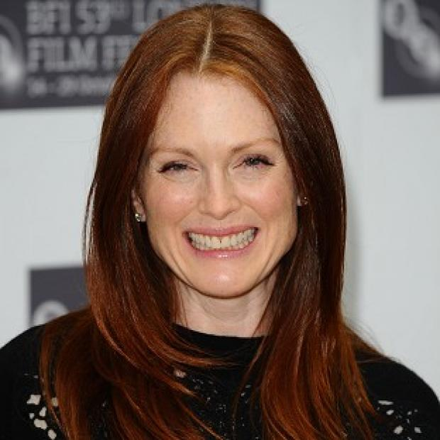 Hampshire Chronicle: Red-heads such as Julianne Moore are at greater risk of melanoma, research shows