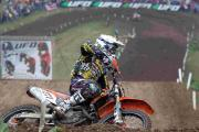 More than 30,000 spectators flocked to Matterley Basin.