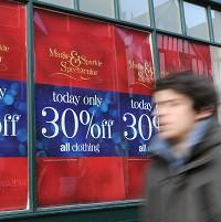 Hampshire Chronicle: High street retailers were forced into aggressive early discounts to lure in  shoppers as sales flagged in the run-up to Christmas