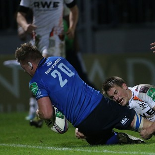 Jordi Murphy scores a try for Leinster