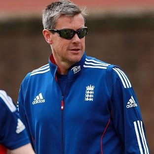 Ashley Giles felt England could have won the one-day series against Australia