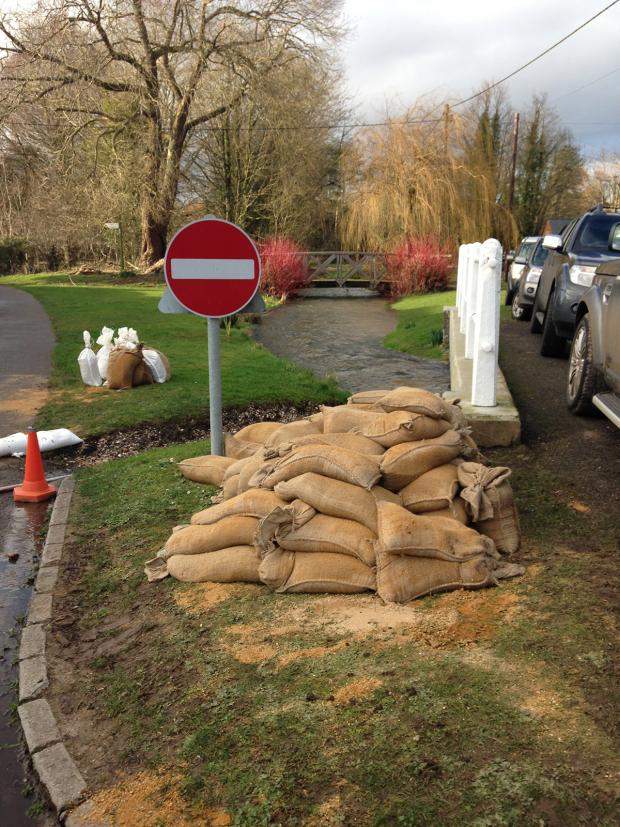 Hampshire Chronicle: Sandbags in Cheriton