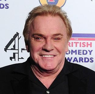 Freddie Starr is to challenge the way prosecutors and the police have handled sex crime allegations aga