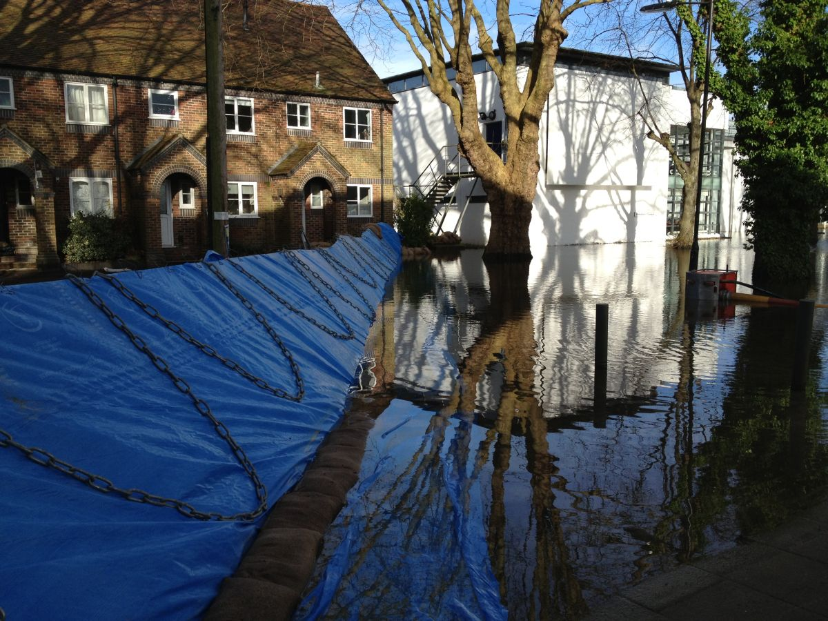 The flood barrier in Park Avenue