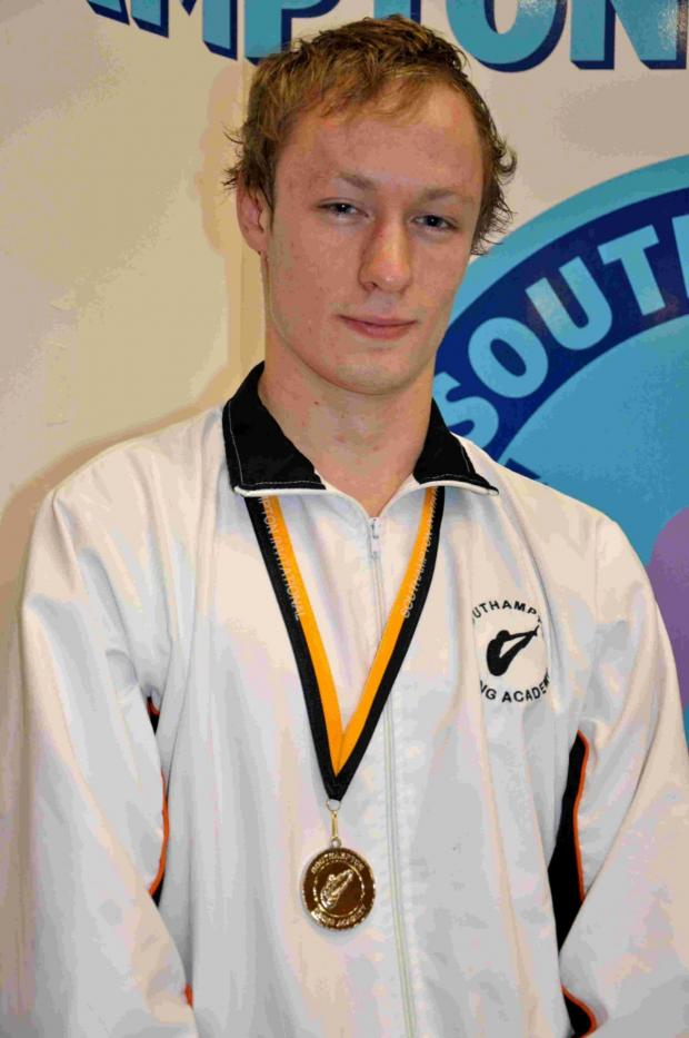 Hampshire Chronicle: Men's 10m platform synchro champion Charlie Wood