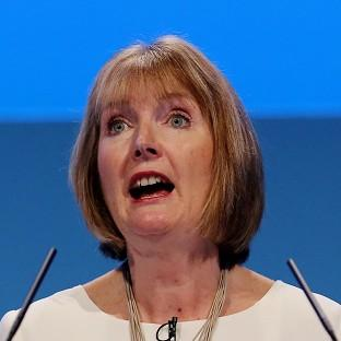 Harriet Harman has said the Daily Mail should apologise for a