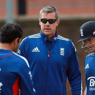 Ashley Giles, centre, has made no secret of his desire to be England coach across all three formats