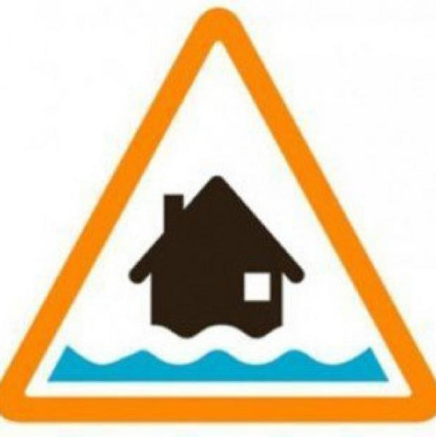 Hampshire Chronicle: Winchester civic chiefs to close flood emergency centre