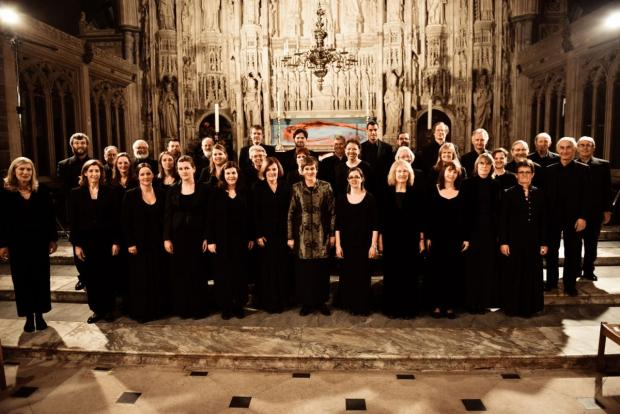 Southern Voices with conductor Katherine Dienes-Williams. Photo by Theo Williams