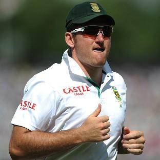 Graeme Smith will quit international cricket after the ongoing third Test against Australia