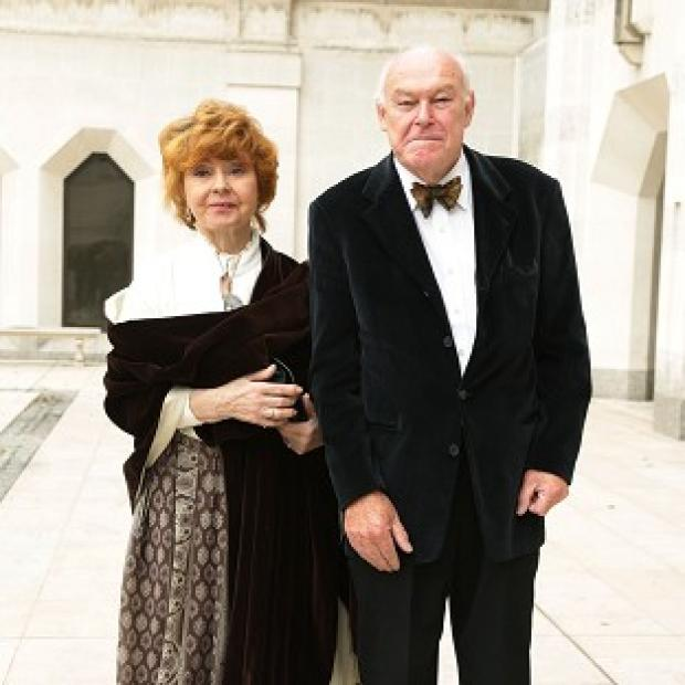 Hampshire Chronicle: Timothy West and his wife Prunella Scales