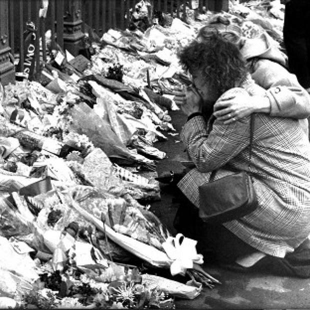Hampshire Chronicle: Tributes left for victims of the 1989 Hillsborough disaster
