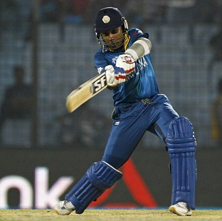 Mahela Jayawardene's 89 led Sri Lanka to a big total (AP)