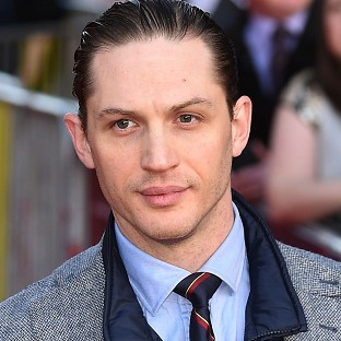 Tom Hardy will take on the tricky task of playing both Ronnie and Reggie Kray simultaneously