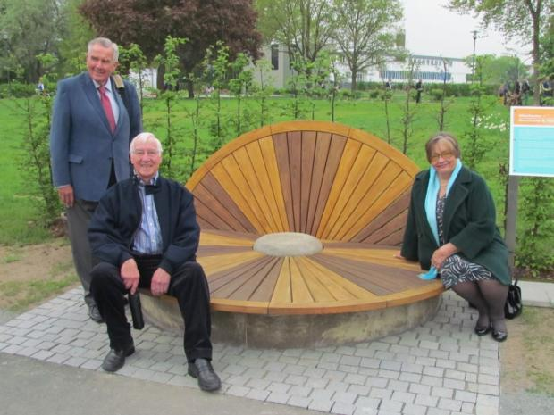 Mayor of Winchester, Cllr Ernie Jeffs, Mayoress of Winchester Barbara Jeffs and Cllr Robert Johnson unveiling the new bench.