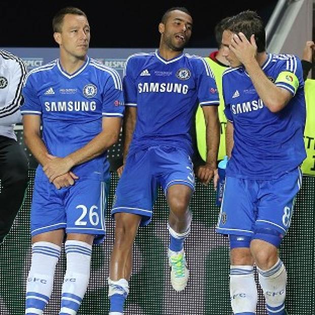 Hampshire Chronicle: John Terry, left, has agreed a new Chelsea contract, but the futures of Ashley Cole, centre, and Frank Lampard, right, are still to be clarified