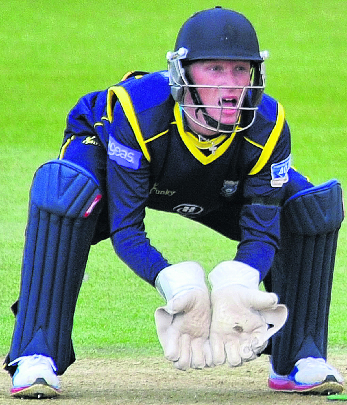Hants pair in England U19 win