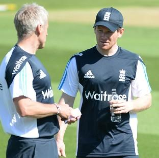 Hampshire Chronicle: Eoin Morgan, right, will again captain England's Twenty20 side in Stuart Broad's absence on Tuesday