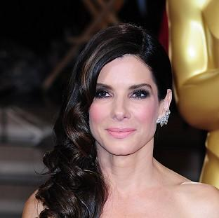 Hampshire Chronicle: Sandra Bullock surprised graduating student in New Orleans
