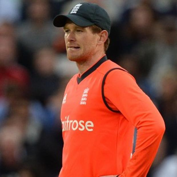 Hampshire Chronicle: Eoin Morgan's side fell 10 runs short of victory