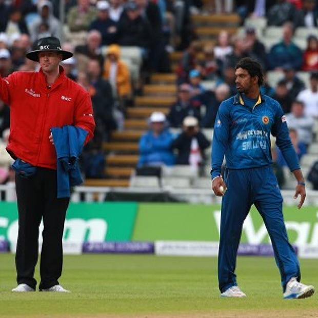 Hampshire Chronicle: Jos Buttler was controversially run out by Sachithra Senanayake