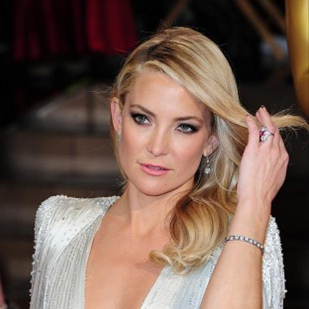 Hampshire Chronicle: Kate Hudson keeps in shape by dancing