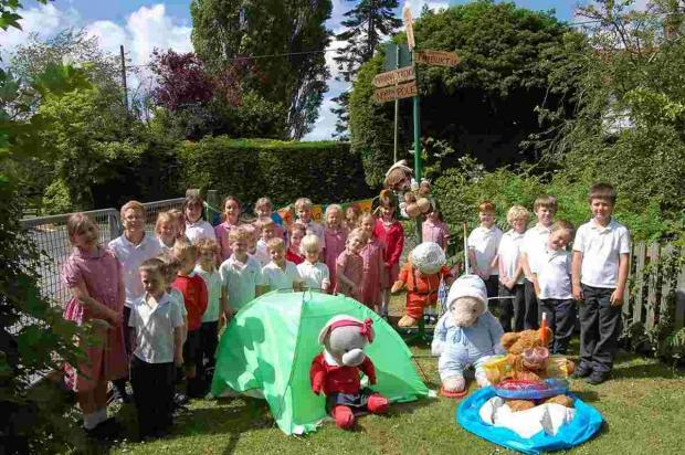 Hampshire Chronicle: Bears from across the county have been dressed up and hidden in Durley for the Durley Bear Hunt