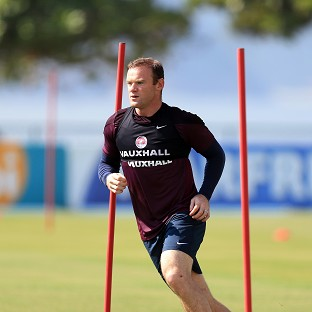 Frank Lampard insists Wayne Rooney is focused on the task in hand