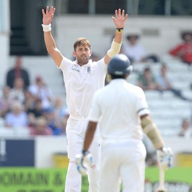 Hampshire Chronicle: England's Liam Plunkett picked up two wickets in the second session