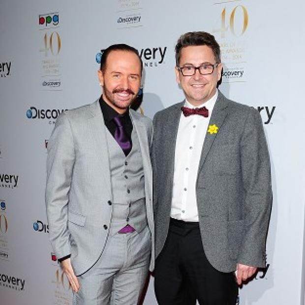 Hampshire Chronicle: Gogglebox's Chris Steed and Stephen Webb will team up on The Million Pound Drop