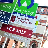 Bank curbs riskier mortgage lending