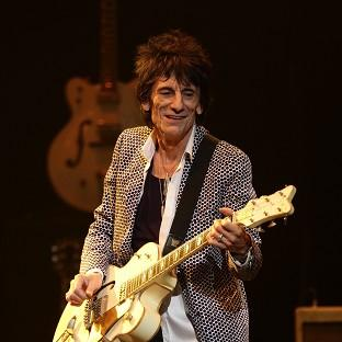 Ronnie Wood net his new grandson